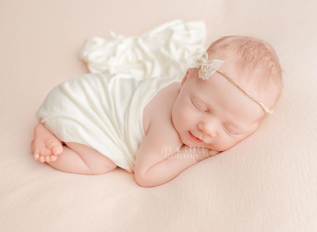 monticello mn newborn photographer