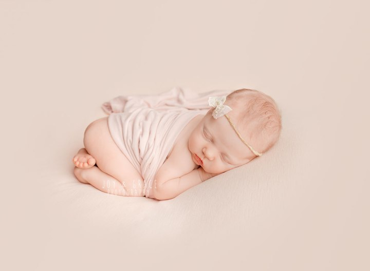 monticello mn newborn photography
